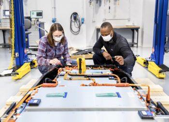 Národné batériové centrum – názor odborníkov